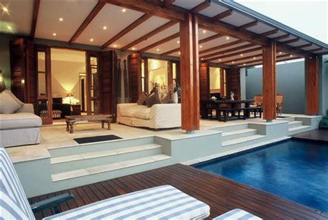 modern tropical house designs decor 600x423 luxurious tropical house designs ideas with open plan home