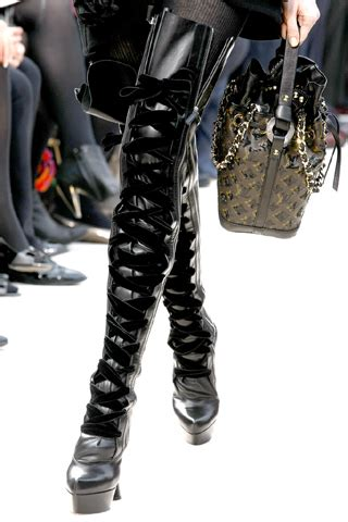 117 Desinger Boots For Winter 2009 2010 by Louis Vuitton Fall Winter 09 10 The Rosenrot For The