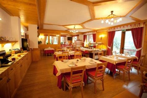 hotel grange blanche hotel vallee blanche updated 2017 reviews price