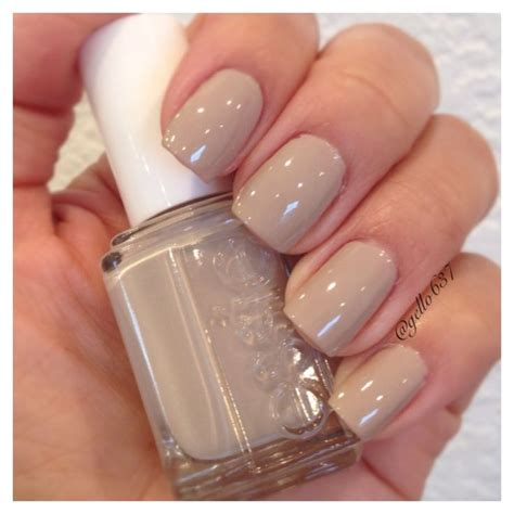 Neutral Nail Colours by Essie Sand Tropez My Essie Collection