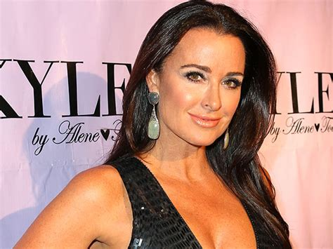 did yolanda relaspse kyle richards says kim did not relapse all things real