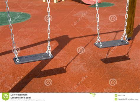 teeter swing swing teeter royaltyfria foton bild 25873728