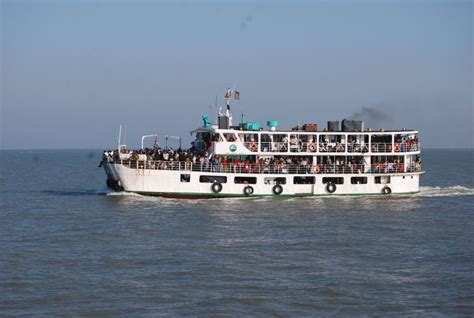 boat journey tourism bangladesh journey by boat in bangladesh