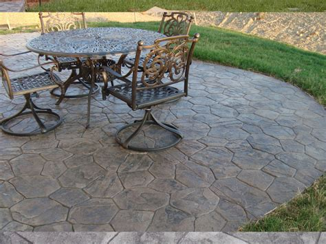Cement Patio Tables Sted Concrete Patio Saving Much Of Your Budget Amaza Design