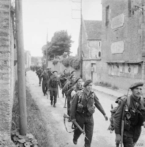 d day beach assault troops 1472819462 25 best ideas about june 6th 1944 on d day facts dday quotes and andy moss