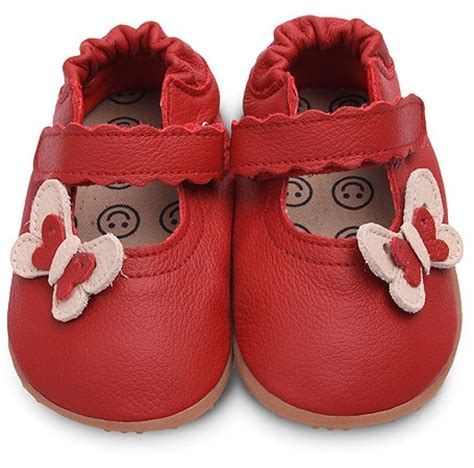 factors to consider when shopping for baby walking shoes