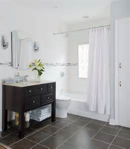 Small Master Bathroom Ideas To Make Space Appear Larger