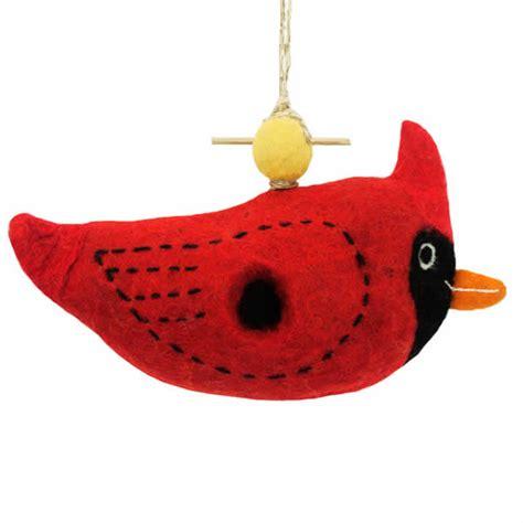cardinal bird house duncraft com woolie cardinal bird house