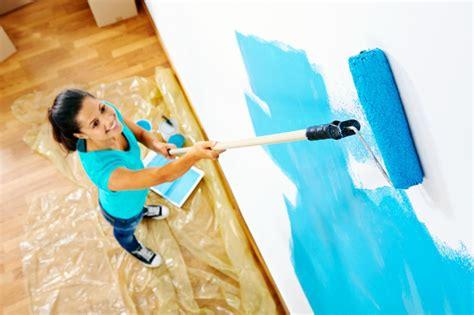 blaue badezimmerwände wandfarben ideen f 252 r innen und au 223 en 45 farbideen