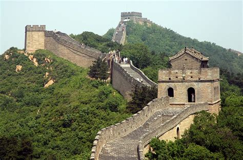beijing and the great wall of china modern wonders of the world around the world with jet lag jerry volume 1 books ancient modern defensive walls