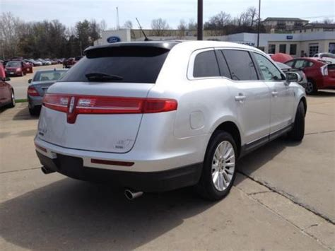 how to sell used cars 2011 lincoln mkt parking system buy used 2011 lincoln mkt base in 807 southwest blvd jefferson city missouri united states