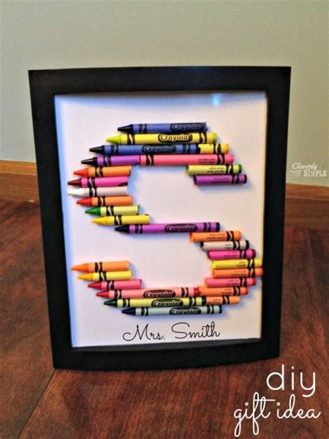 perfect gifts for her crayons meet couture framed diy crayon letters gift idea