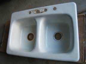 American Standard Porcelain Kitchen Sink Cast Iron Kitchen Sink 22 X 33 American Standard Porcelain Finish Used Ebay