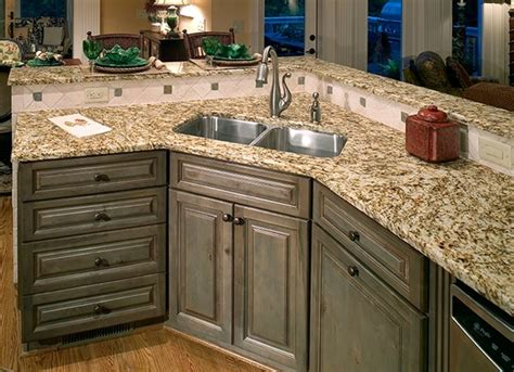 tips for painting kitchen cabinets how to paint kitchen