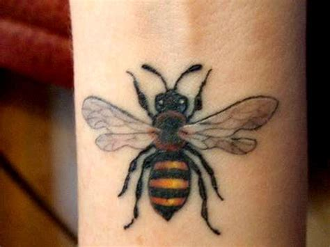 beehive tattoo designs 25 fabulous bumble bee designs creativefan