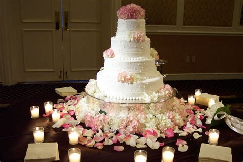 wedding cake table centerpieces wedding reception at loew s vanderbilt nashville branching out event florist