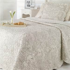 Quilted Bedspreads King Size Bed Quilted Bedspreads King Size Bed K K Club 2017