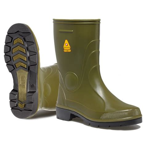 farm boots for farm working and safety rubber boots
