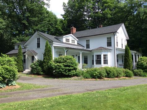 beautifully renovated colonial home vrbo