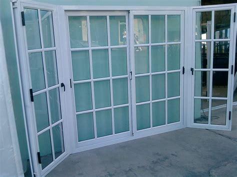 puerta con ventana ventanas y puertas de aluminio vidrieria ct