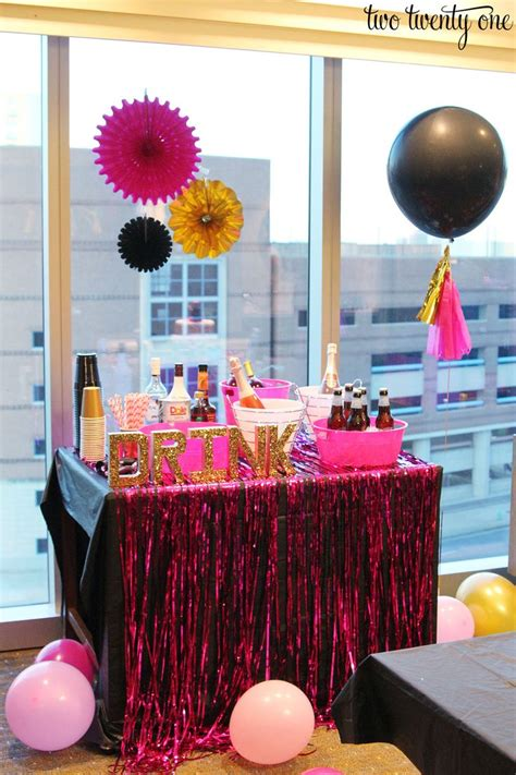 Bachelorette Decoration Ideas by Best 25 Pink Bachelorette Ideas On
