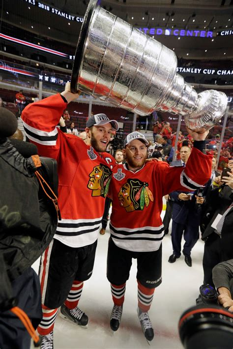 stanley chicago blackhawks win stanley cup with 2 0 win lightning