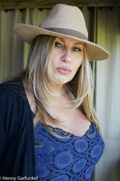 jennifer coolidge jennifer coolidge on hollywood women in comedy and her