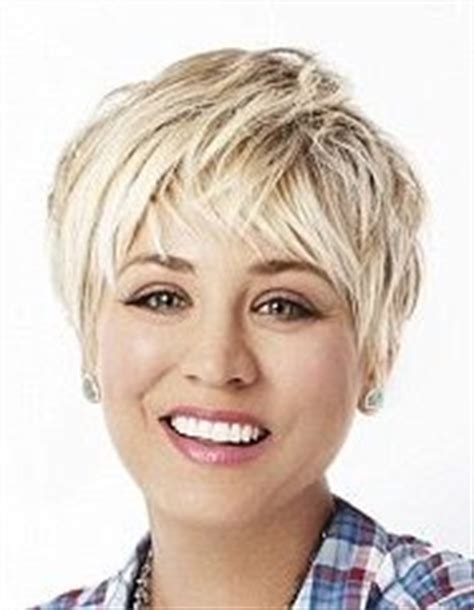 kaley cuoco still criticised for her hair cut fans hate 17 best images about kelly cuoco s hair on pinterest