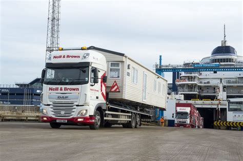 abnormal loads caravan transport portable movements oversized shipments hiab uk