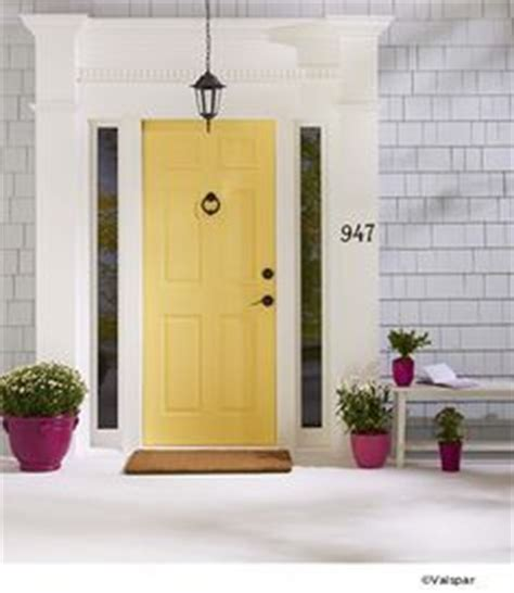 best 25 yellow front doors ideas on yellow doors exterior door trim and blue house