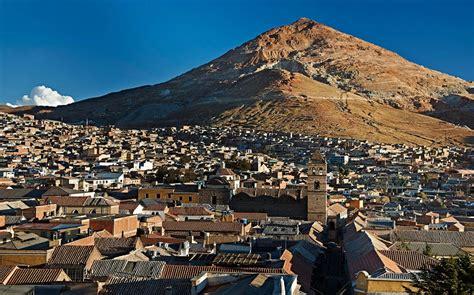 imagenes historicas de potosi bolivia bolivia struggling to save the mountain that eats men