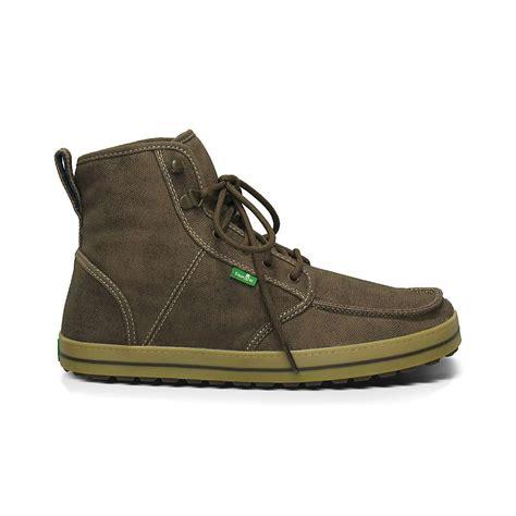 sanuk mens boots sanuk s skyline boot moosejaw