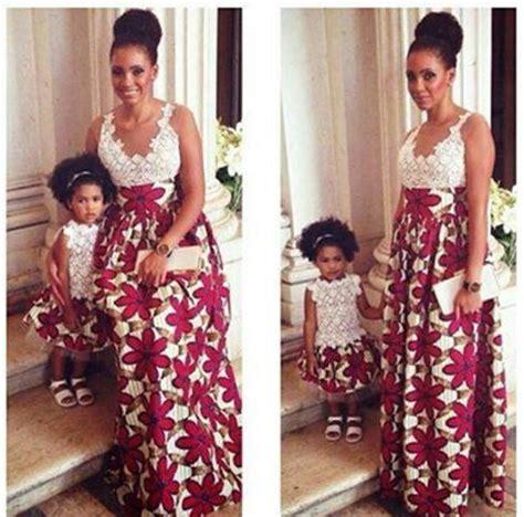 mode africaine un joli model de pagne wax leuk sngal robe en pagne et dentelle robes pagne pinterest