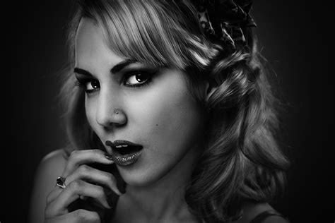 The Black Effect 20 free black white photo effect actions for adobe photoshop