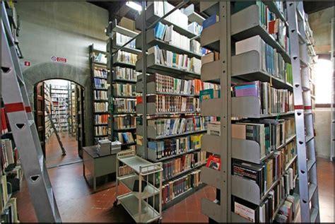biblioteca lettere arezzo arezzo intervista alla biblioteca di arezzo