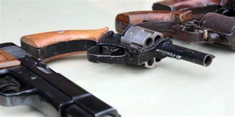 Jual Gembok Warna Warni pabrik senpi as jual pistol warna warni untuk anak kecil