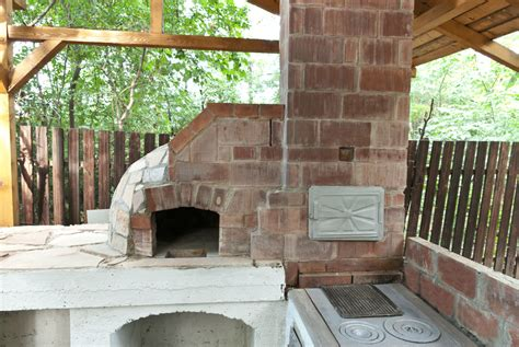 making a pizza oven backyard how to make a wood fired pizza oven howtospecialist how to build step by step diy
