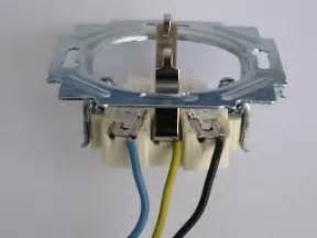 mehrere schalter für eine le steckdose anschlie 223 en steckdose installieren steckdose