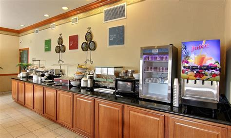 does comfort inn have free breakfast comfort inn suites visit st augustine