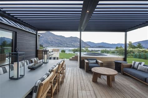 Louvre roof systems by Locarno Louvres ? Selector