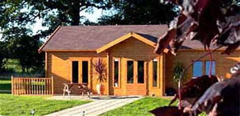 Wooden Log Cabins Holidays by Self Catering Log Cabin Holidays Uk Pine Lodges Breaks