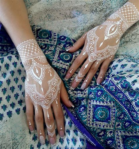 henna tattoo designs in white white henna for the unconventional using a mehendi