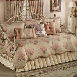 coverlet bedding sets clearance daybed bedding sets clearance photo 1 decoration home
