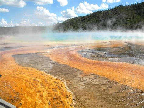 10 Incredible Facts about Yellowstone National Park Grand Prismatic Spring Facts