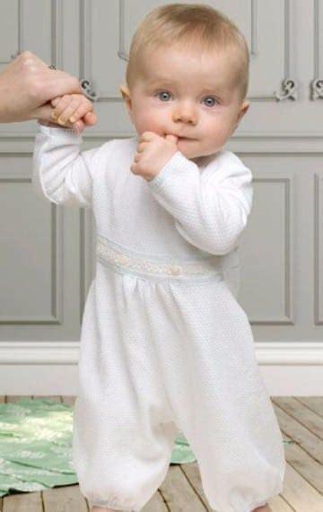 traje de bautizo para tu ni o ropa exclusiva para bebes hermoso elegante traje ropon bautizo trajes para bebes y trajes de ni 241 o para bautizo modernos