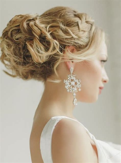 Wedding Hairstyles Cost by How Much Does A Wedding Hair And Makeup Cost How Much Do