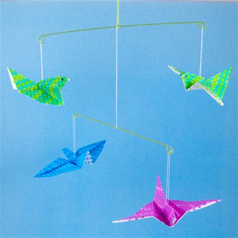 How To Make Flying Bird With Paper - how to make origami flying birds friday