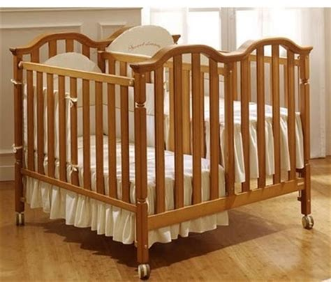 baby beds for twins 25 best images about cribs for twins on pinterest desk