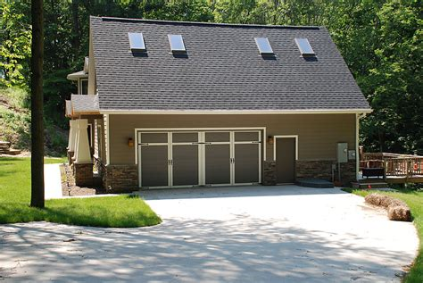 overhead door company cedar rapids courtyard collection overhead door of cedar rapids 174 161t