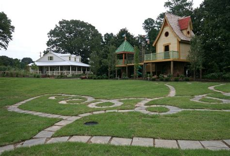 backyard guest houses 32 best backyard guest house images on pinterest